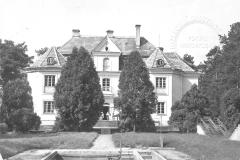 Willa Piaski w której mieścił się jeden z Harcerskich Domów Dziecka (lata 60-te, pocztówka ze zbiorów Adama Zyszczyka)