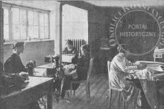Szwalnia w Metodystycznym Domu Dziecka w Klarysewie (1922 r - zbiory Adama Zyszczyka)