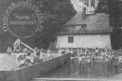 W ogrodzie Domu Dziecka ks. Boduena w Klarysewie (1932 r, zbiory Adama Zyszczyka)