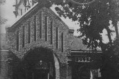 Kościół w Skolimowie (lata 30-te XX wieku, zbiory A. Zyszczyka)