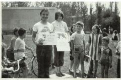 Zawody z okazji Międzynarodowego Roku Dziecka na terenie obiektów sportowych WZP (1979 r)  - źródło penetratorscavengerteam.blogspot.com