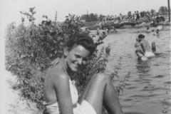 plaża w Konstancinie, 1943 r.