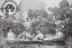 Starorzecze Jeziorki i dwór w Bielawie, ok. 1915. Zb. H. Hlebowicz