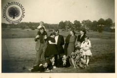 Jeziorka  w okolicach Skolimowa i, prawdopodobnie lata 50-te XX wieku (źródło: www.wystarczająco.pl)