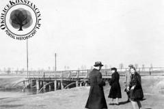 most w Mirkowie, lata 40-te XX wieku (zbiory Macieja Łaby)