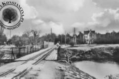 most w parku w Konstancinie, lata 20-30 XX wieku (zbiory A.Zyszczyka)