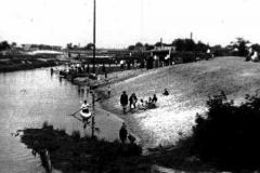 plaża w parku w Konstancinie (lata 20-30te)