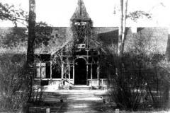 Lata trzydzieste XX wieku. Stacja Konstancin. Zbiory Wirtualnego Muzeum Konstancina.