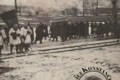 Lata sześćdziesiąte, pogrzeb w Powsinie. Zb. J. Klauzińskiej.