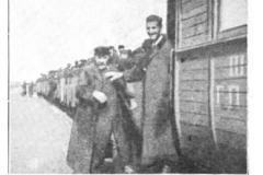 """Świat"""", 1907. Specjalny przejazd kolejki, która przez Jeziornę docierała do Piaseczna i tam wjeżdżała na tor Grójeckiej."""