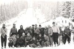 RKS Mirków - wyjazd zimowy (zdjęcie udostępnił pan Andrzej Makulski)  lata 60-70