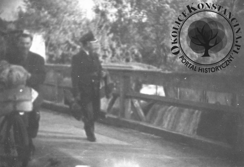 Widok na jaz spiętrzający wodę. Lata 50-te XX wieku (zbiory Piotra Szewczyka)