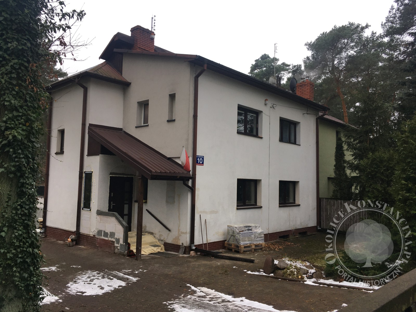 Północno-zachodnia fasada domu dr Bernsteina po nieudanej przebudowie-ul.Jasiowa 10 (fot. A.Zyszczyk)